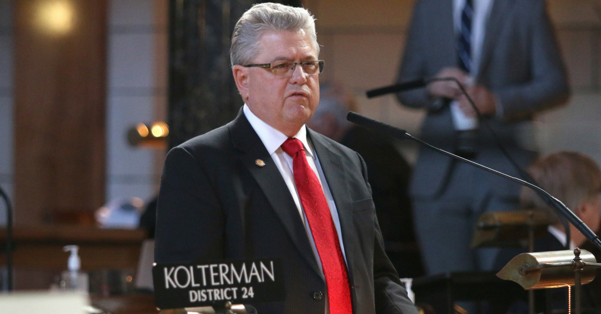 Senator Mark Kolterman providing comments on the floor of the Unicameral during the 2016 Legislative Session.